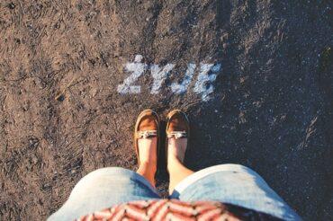 Żyj i pisz. W tej kolejności