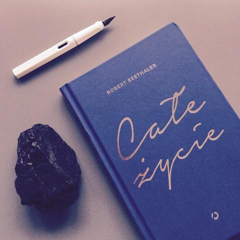 Całe życie książka i węgiel