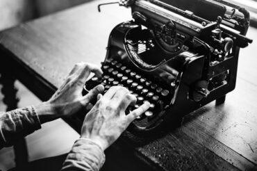 Sławni pisarze – 7 lekcji z ich życia i twórczości