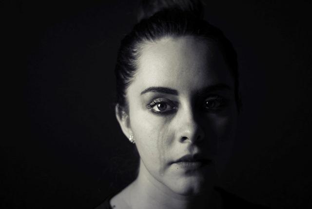 negatywne emocje płacz